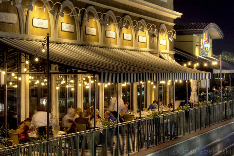 Brio, Restaurant in The Woodlands, TX