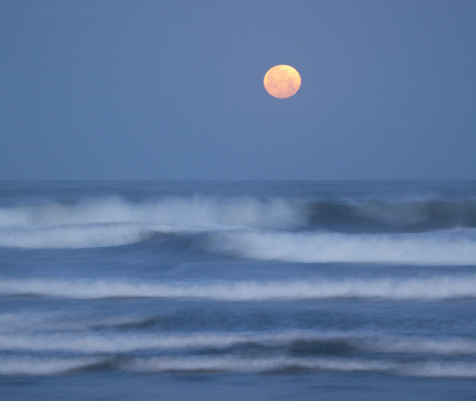 Moonset at Mission Beach, San Diego